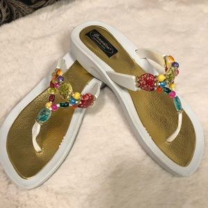 Grandco white sandals with beads